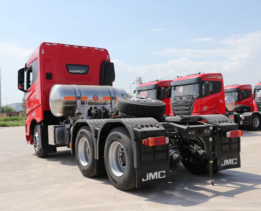 Новый газовый тягач JMC 3