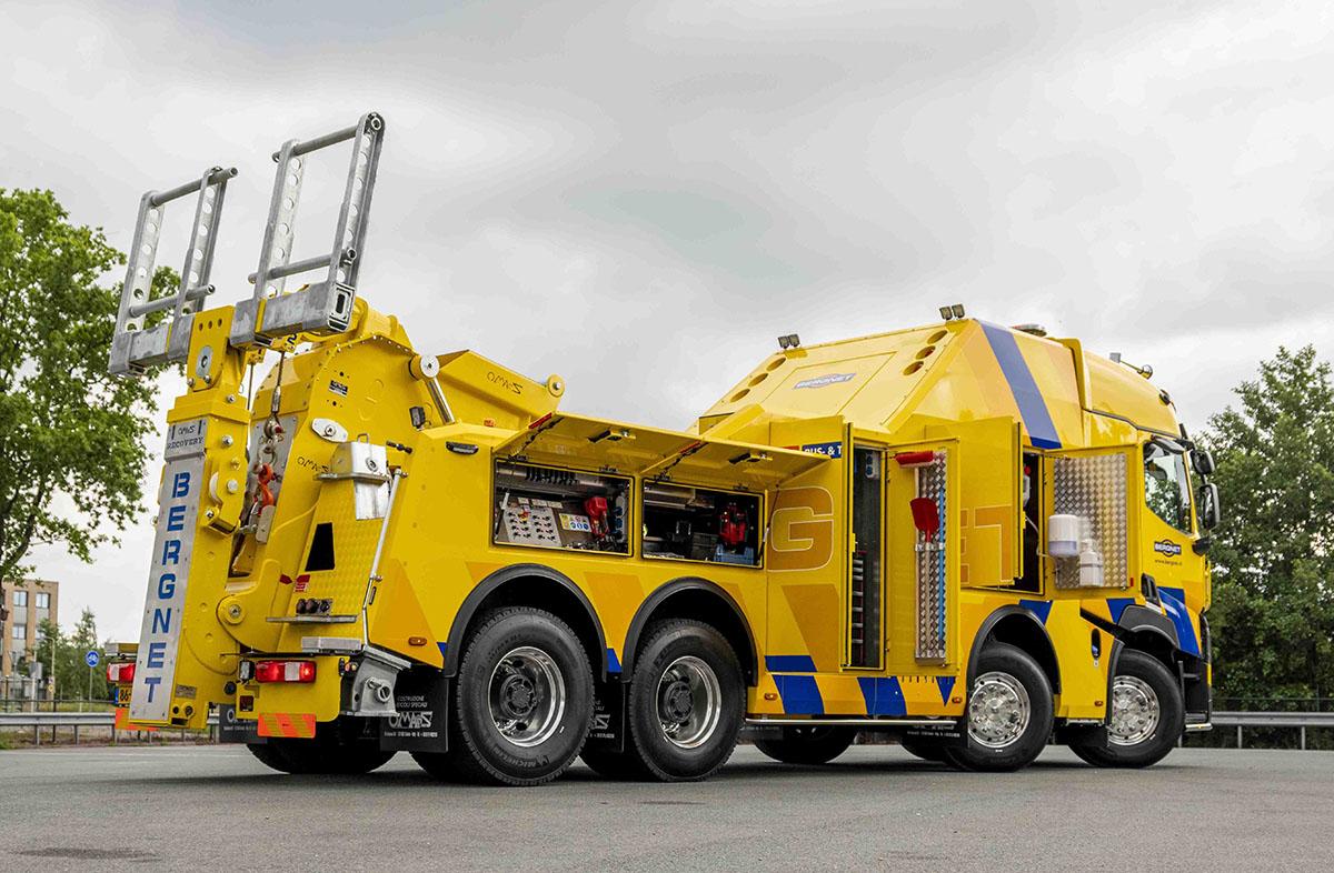 Тяжелый эвакуатор на шасси Renault Trucks 7