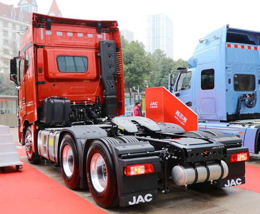 Флагман JAC получил двигатель Евро-6 2
