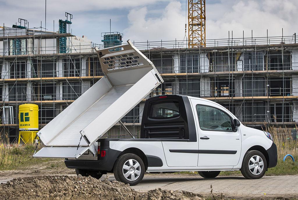 Renault Kangoo превратили в маленький самосвал 2