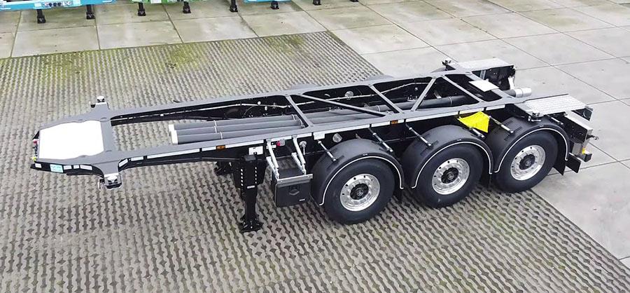 D-TEC разработал 20-футовый контейнеровоз