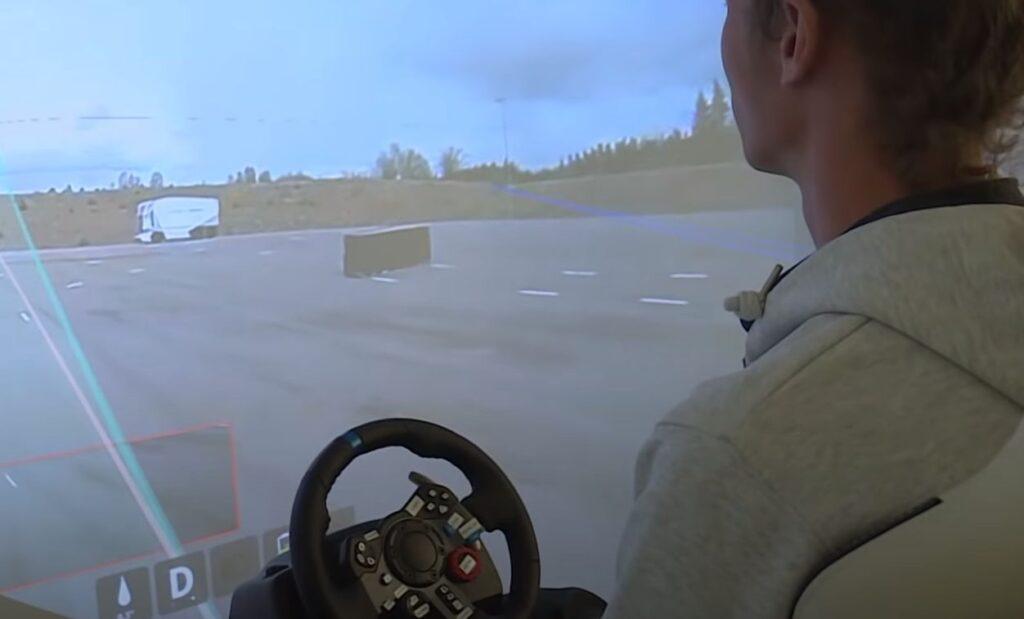 Einride модернизирует свой ящик на колесах 6