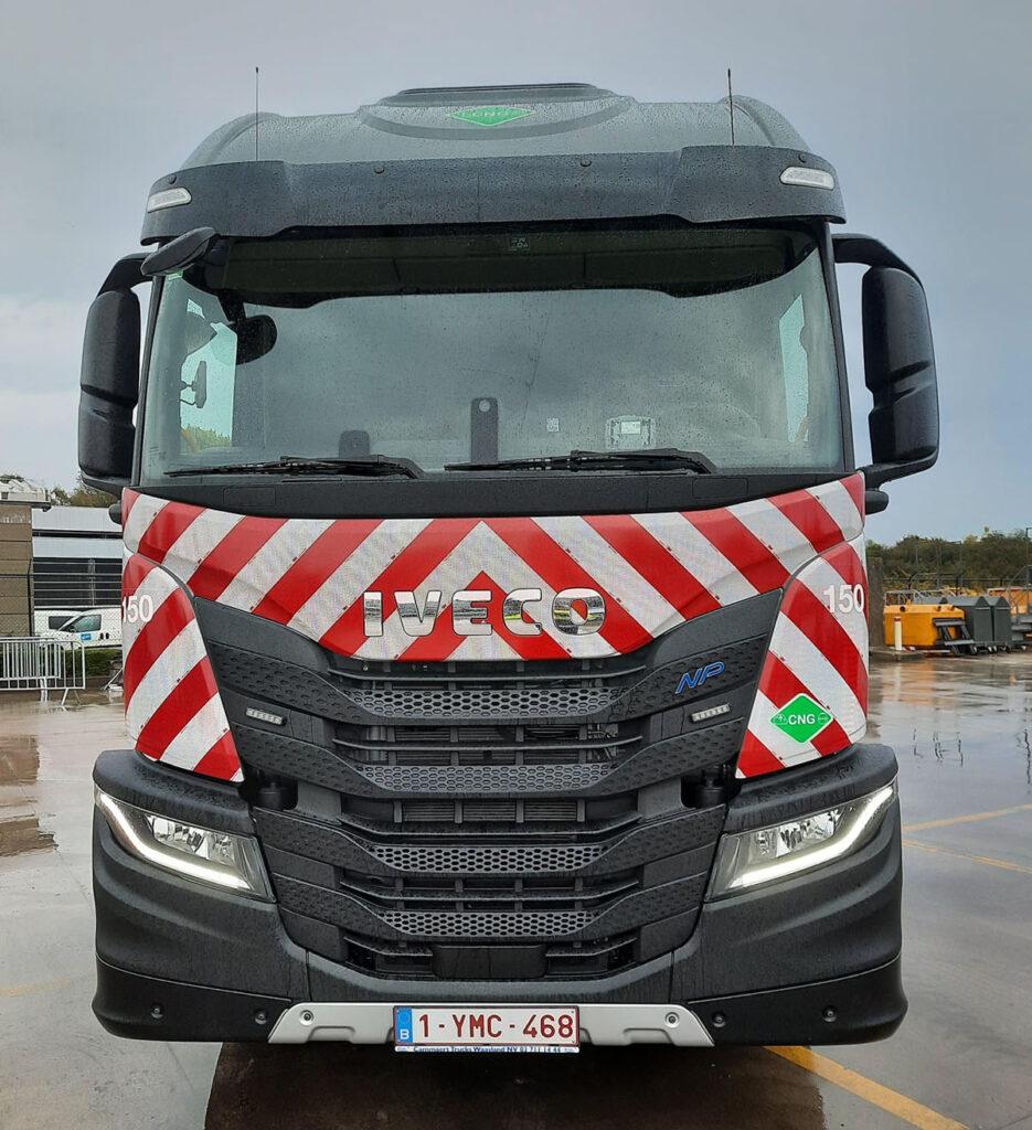 В Бельгии появились мусоровозы Iveco S-Way и с узкой кабиной 2