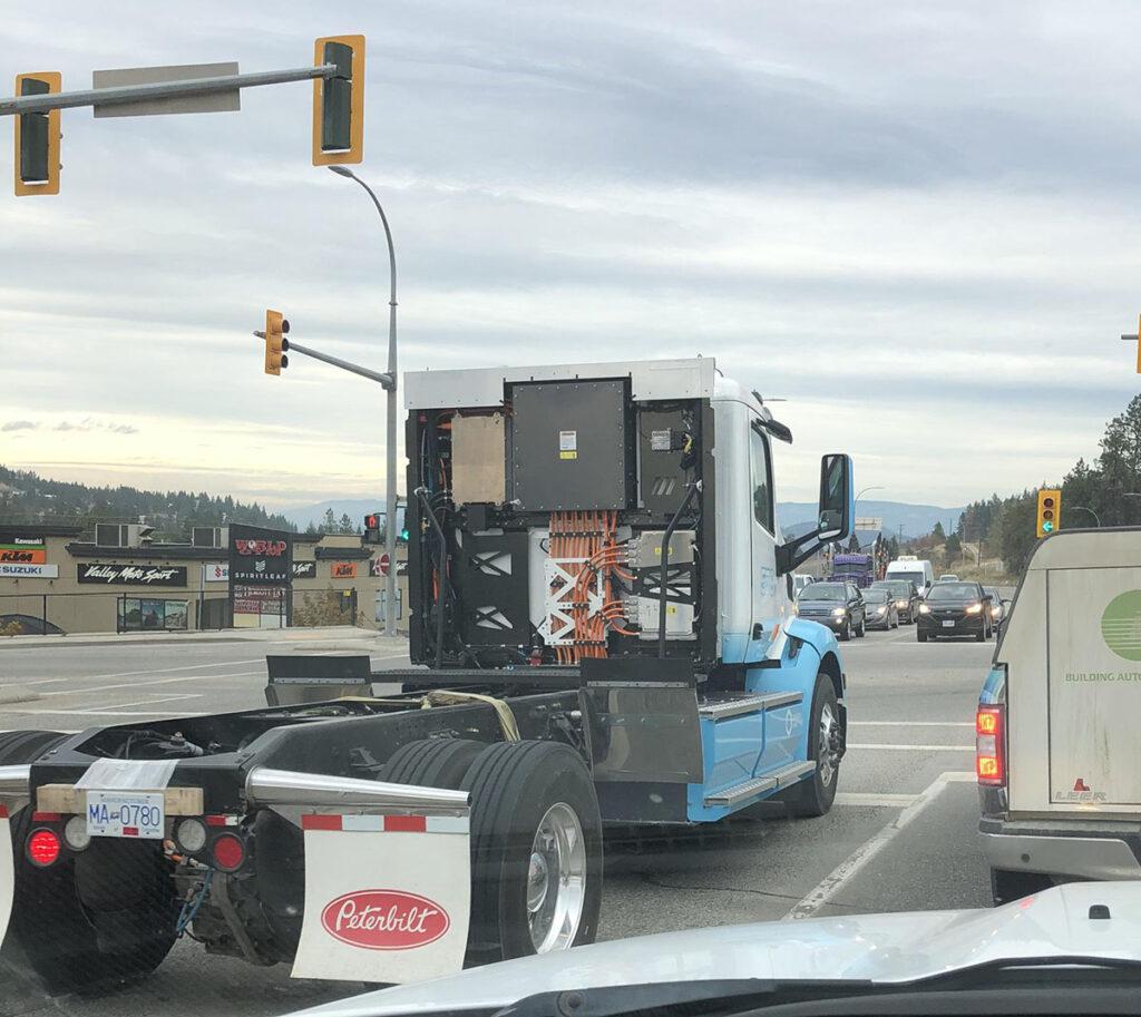 Купите этот грузовик, и получите 150 тысяч долларов доплаты 2