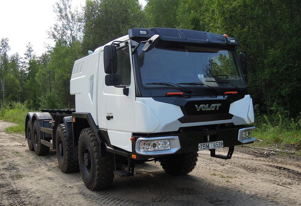 70-тонный автокран «Галичанин» на новом шасси МЗКТ 2