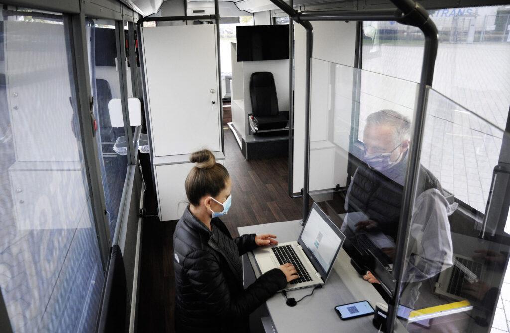 Daimler Buses помогает бороться с коронавирусом Covid-19 2