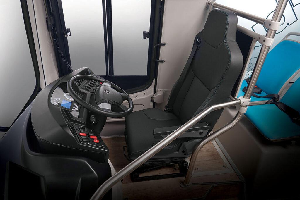 Первый электробус ТАТА 4