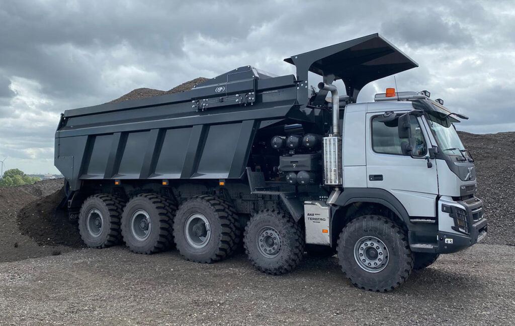 Самосвал BAS Mining Trucks с толкающим бортом 2