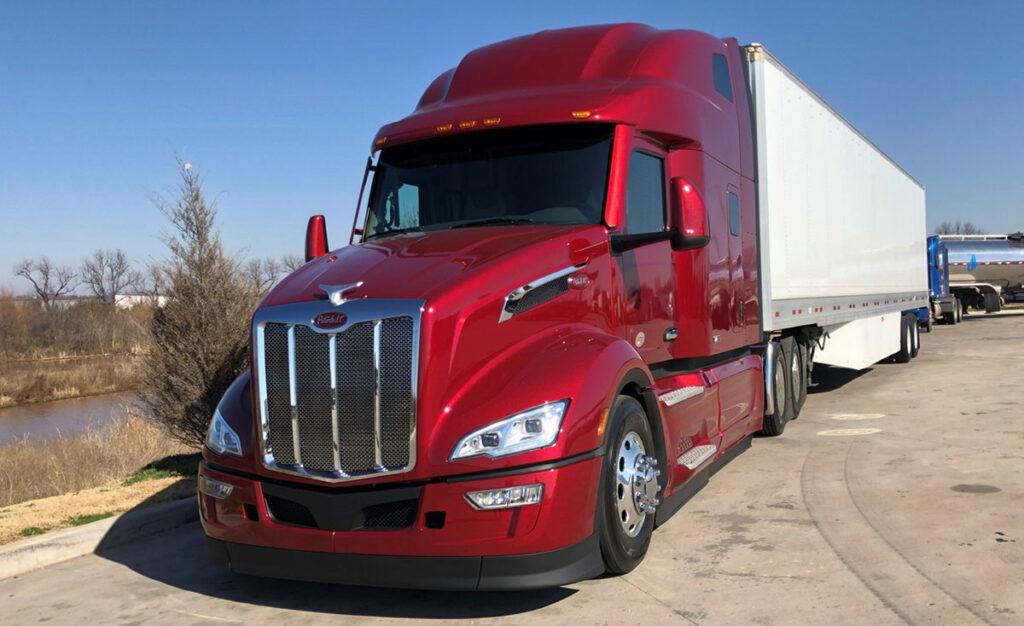 Peterbilt представляет новую модель магистрального тягача Model 579