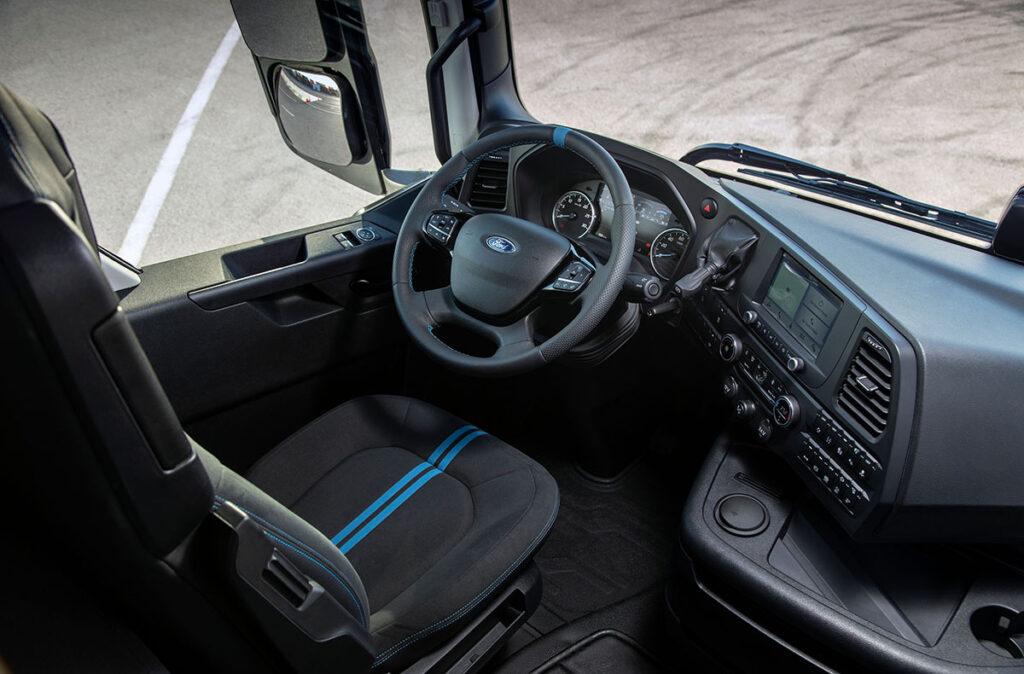 250 эксклюзивных грузовиков F-MAX Blackline 2