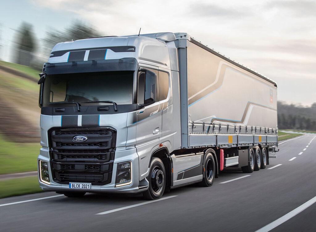 250 эксклюзивных грузовиков F-MAX Blackline 6