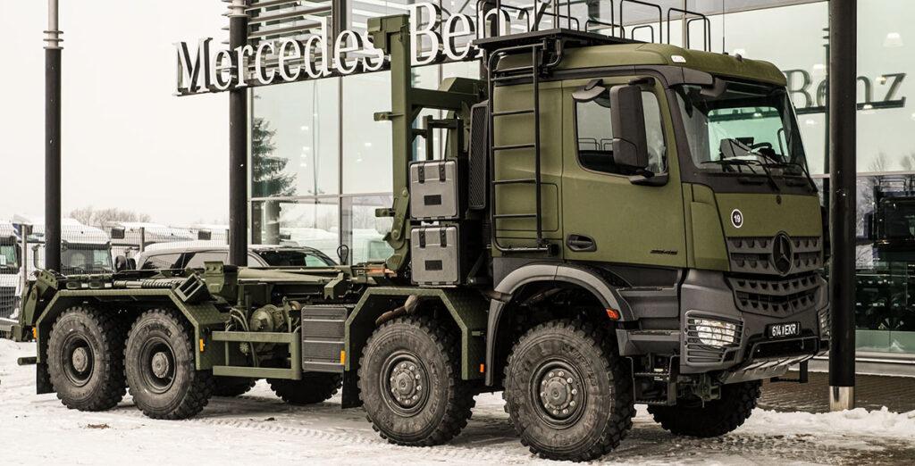 Эстонская армия приобрела Arocs-ы с мультилифтами