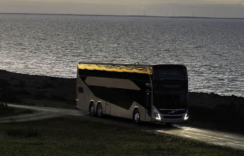 Volvo Buses запускает совершенно новый двухэтажный автобус 4
