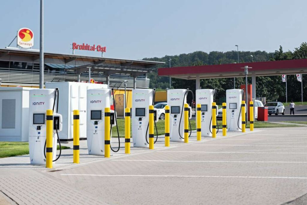 В Германии думают об электрификации междугородних автоперевозок