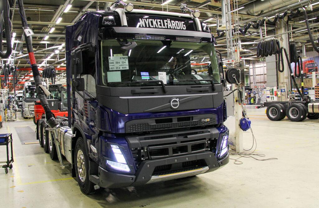 Началось серийное производство новых моделей Volvo FH и FM 3