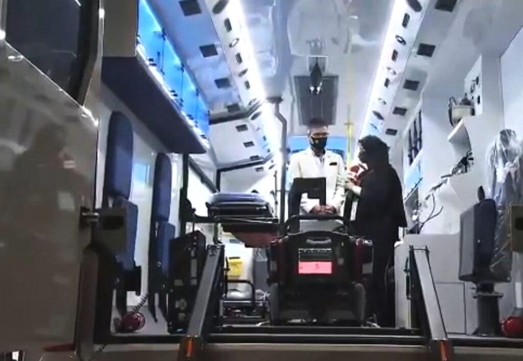 Мобильный госпиталь SOUGHAN на шасси Atego 3