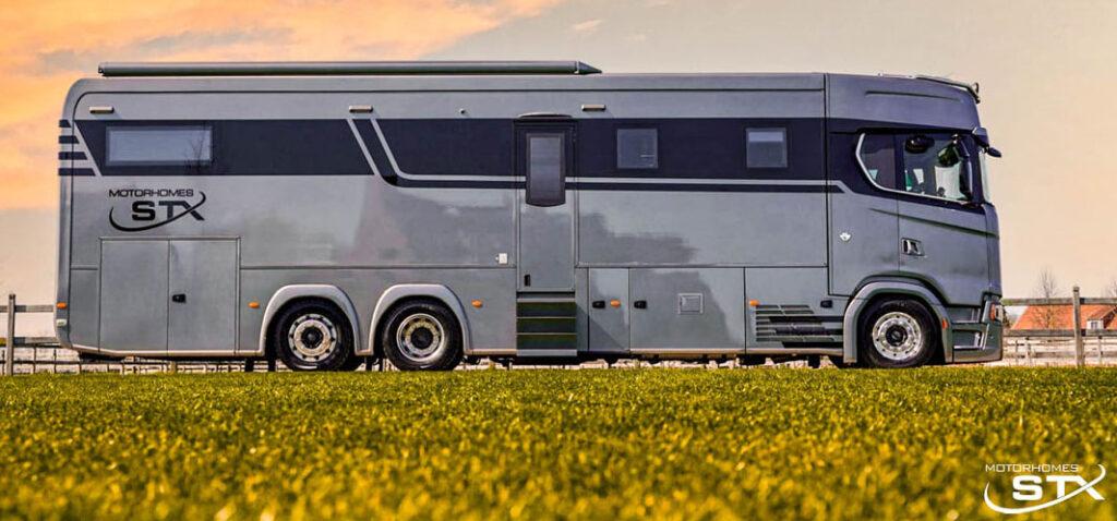 Комфортабельный дом на колесах грузовика Scania 2
