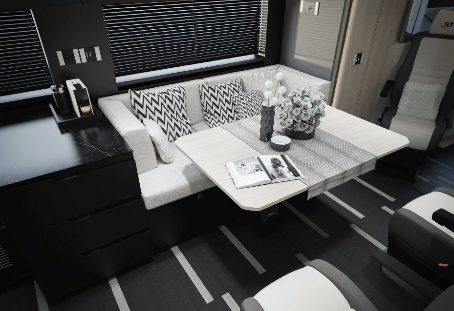 Комфортабельный дом на колесах Scania внутри 3