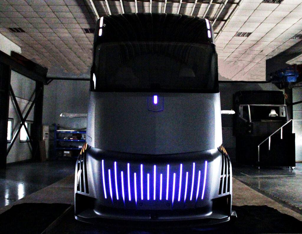 Новый грузовик из Китая 4