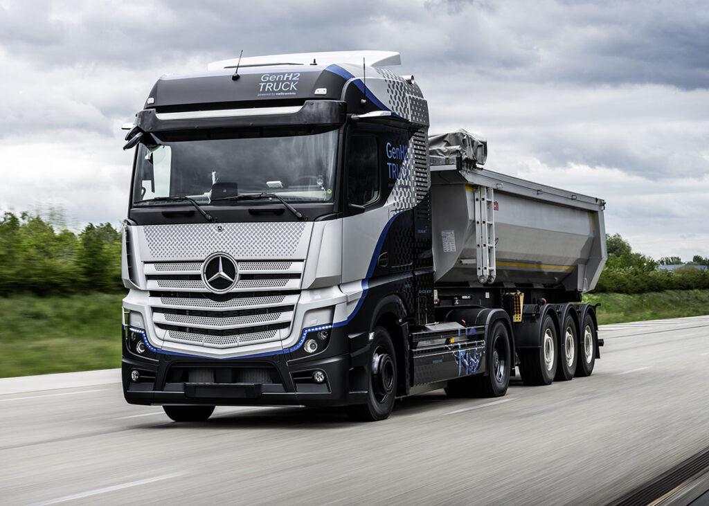 Начались испытания водородного грузовика Mercedes-Benz GenH2