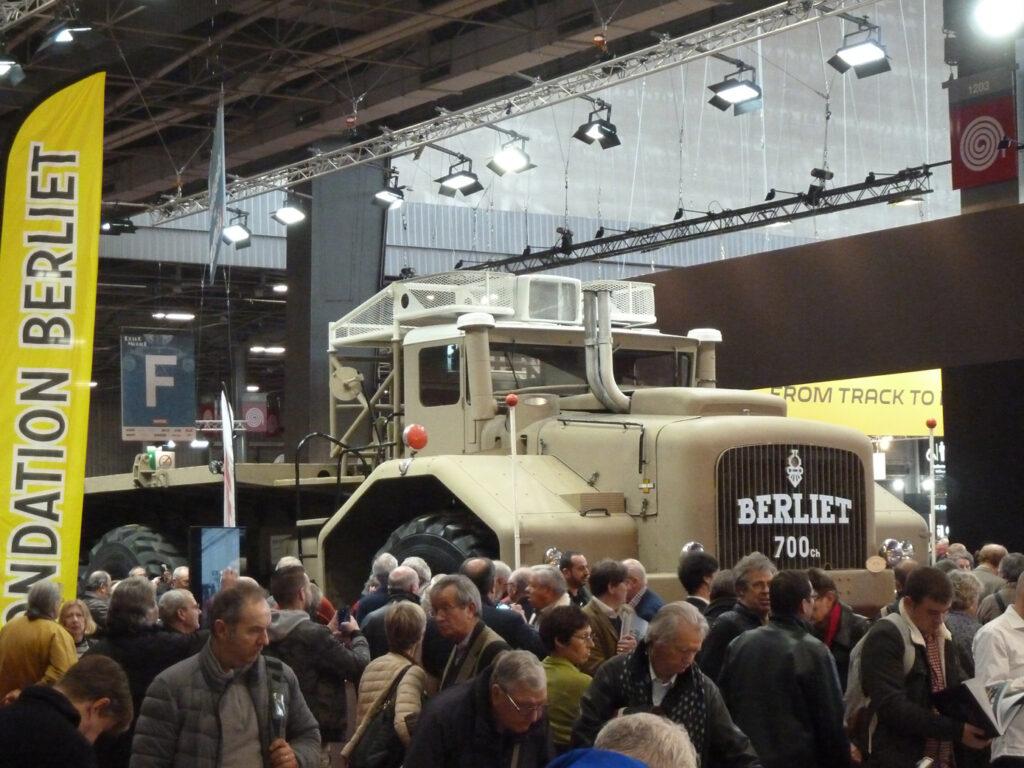 Как Berliet T100 посещал Париж 6