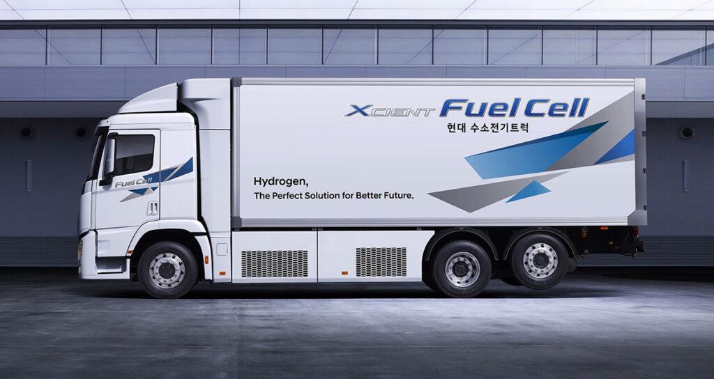 грузовик XCIENT Fuel Cell 2021_2