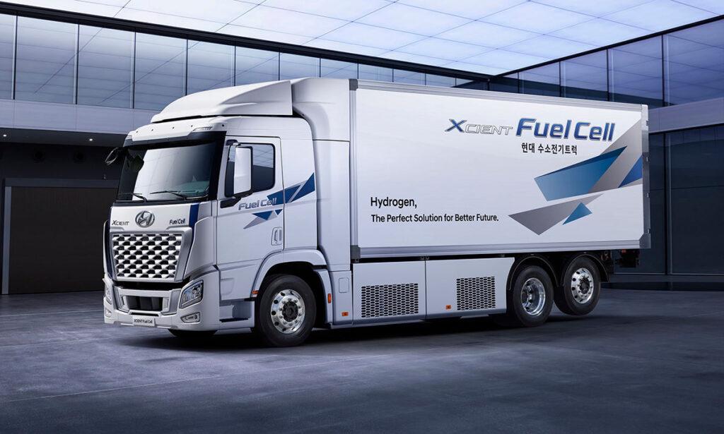 грузовик XCIENT Fuel Cell 2021_1