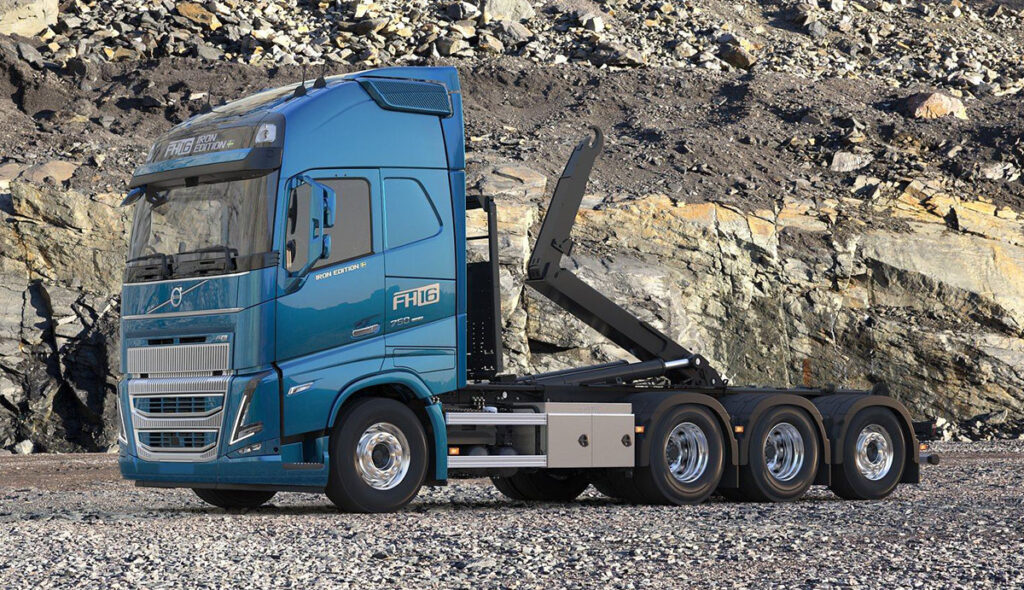 Volvo FH16 в очень «железном» варианте 2