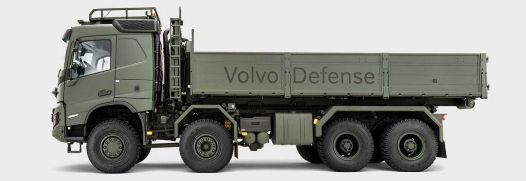 армейский вариант тяжелого грузовика Volvo FMX_1