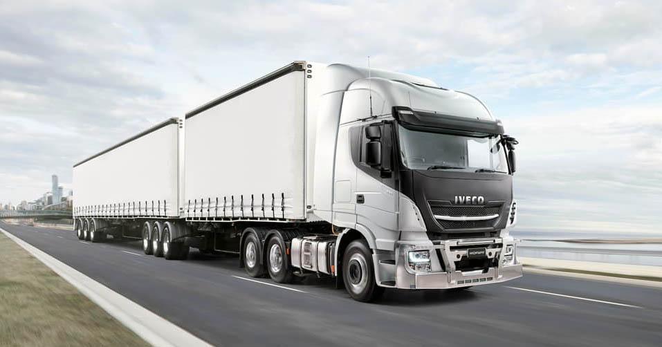 седельный тягач Iveco Highway B-Double_1