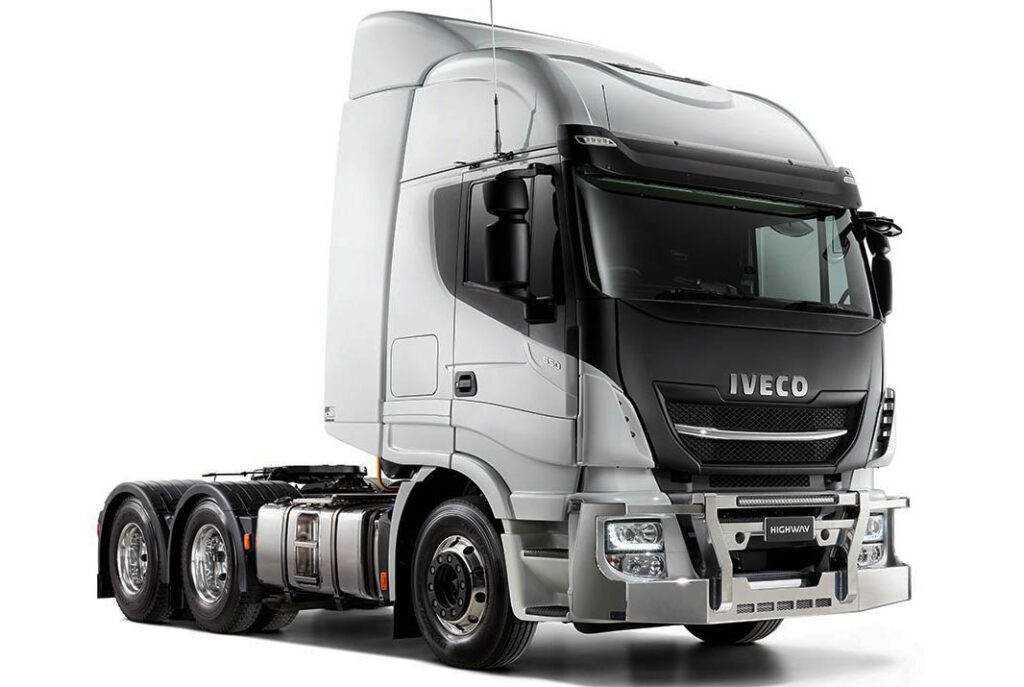 седельный тягач Iveco Highway B-Double