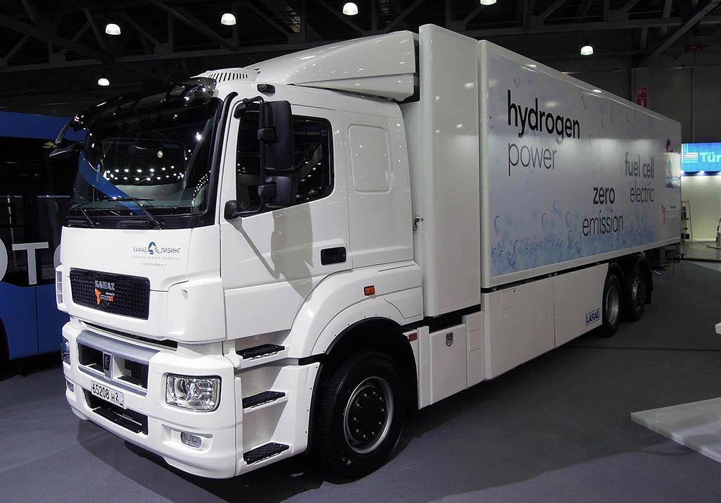 КАМАЗ-65208 с водородными топливными элементами