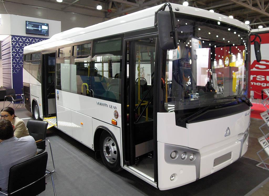 городской низкопольный автобус SAZ LE60_1