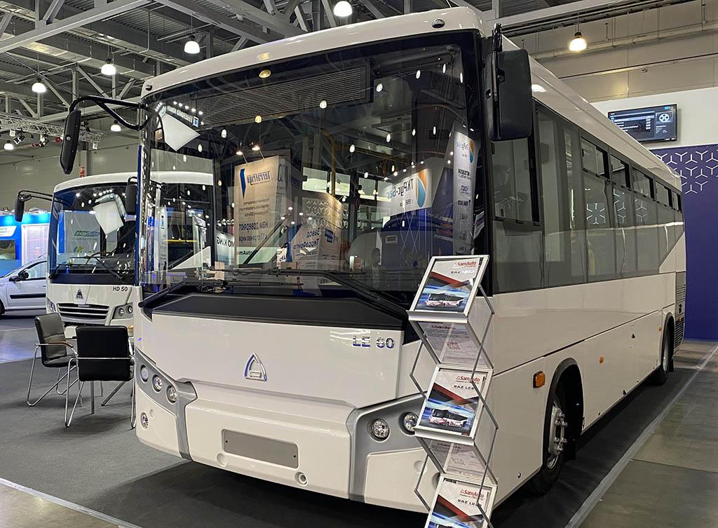 городской низкопольный автобус SAZ LE60