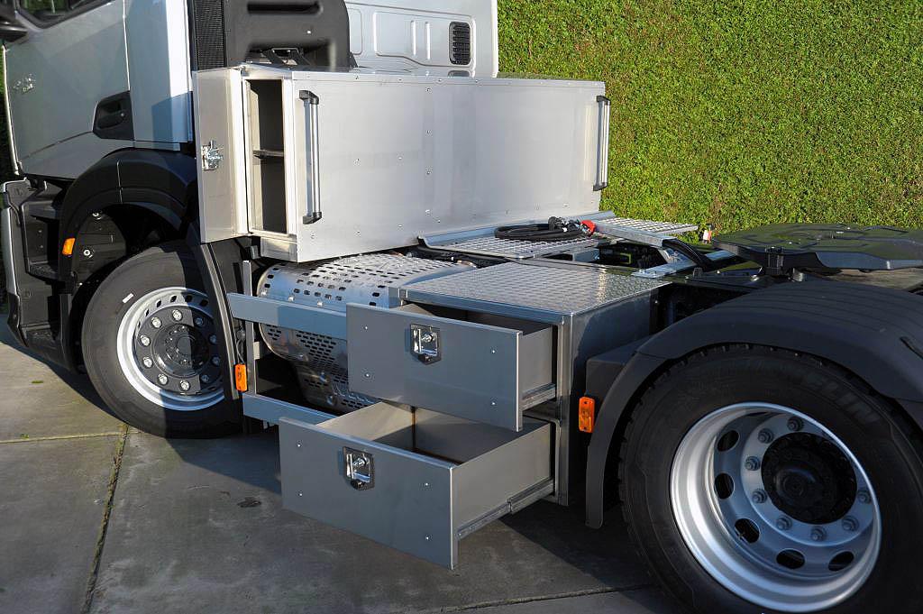 ящики для инструментов IVECO S-Way 360 Shorturn