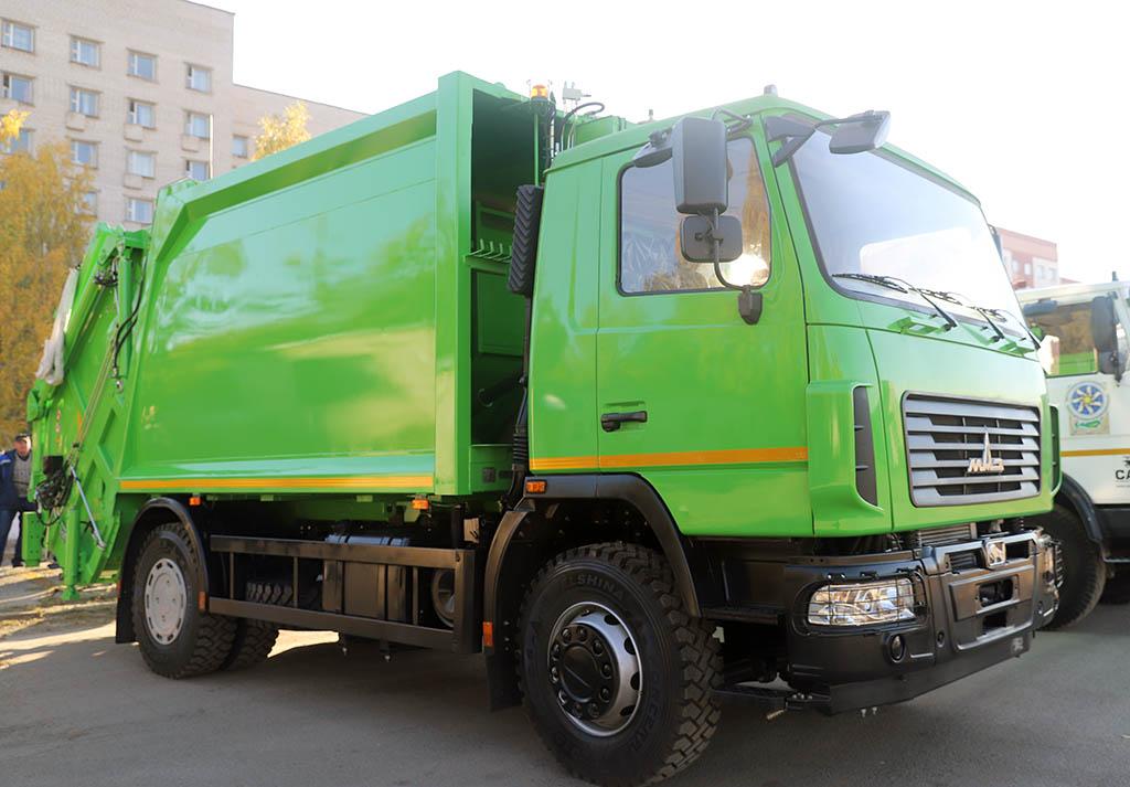 мусоровоз с задней загрузкой МАЗ-590425-012